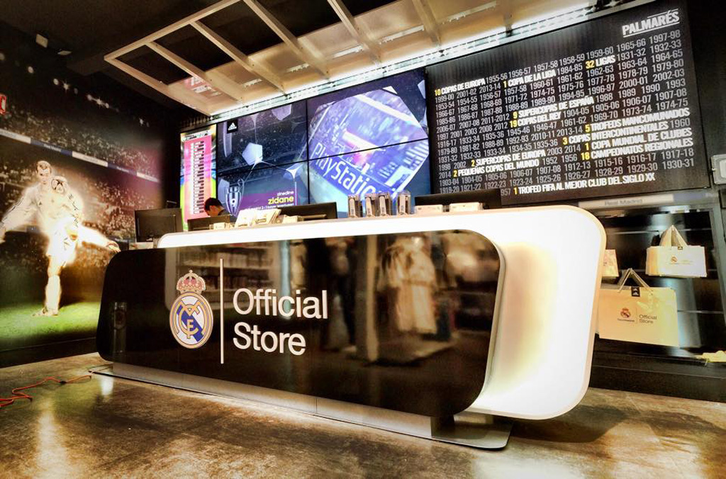 Mobili: Real Madrid Store